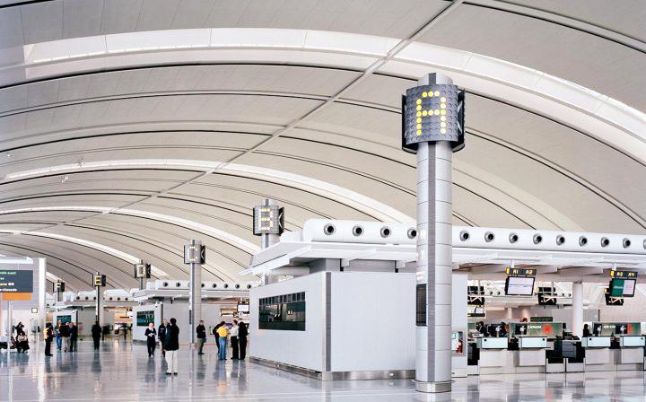 航站楼标识 为您的安全出行提供保障