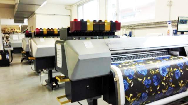 数码印花机保养:需定期清洁的部件有哪些?